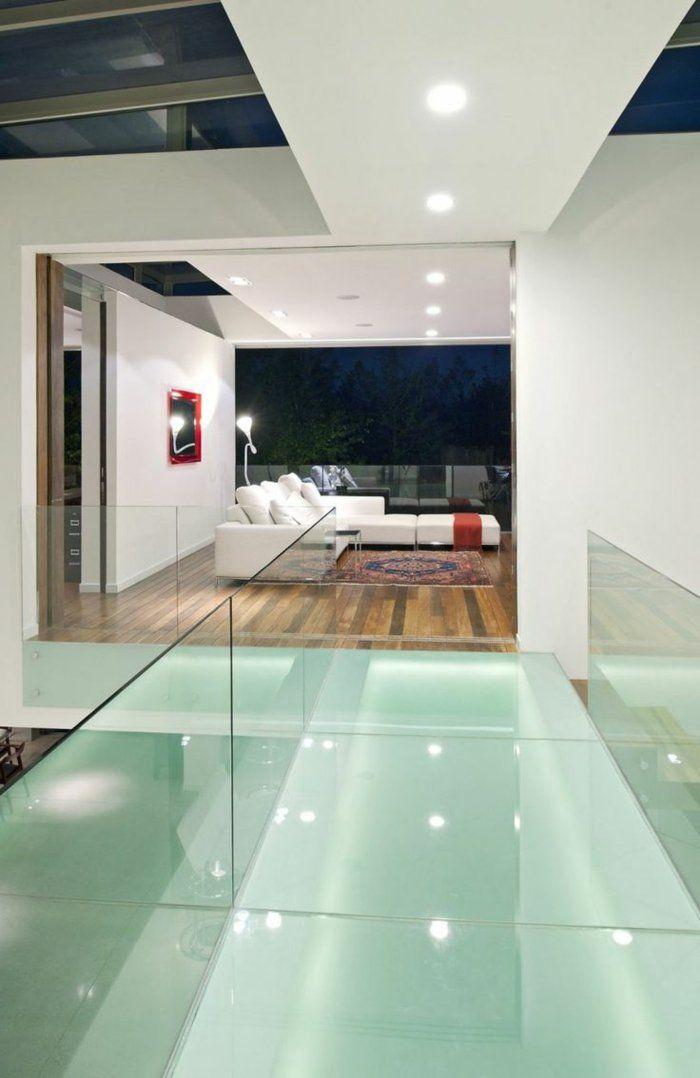 D co salon une ambiance de luxe salon moderne escalier for Carrelage de salon moderne