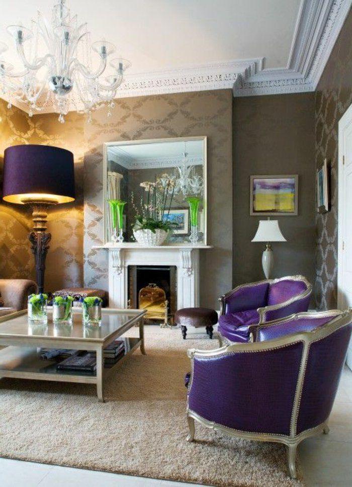 Déco Salon - joli salon avec meubles de couleur prune, tapis beige ...