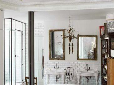 Id e d coration salle de bain la salle de bains a gard for Peindre une baignoire en fonte emaillee