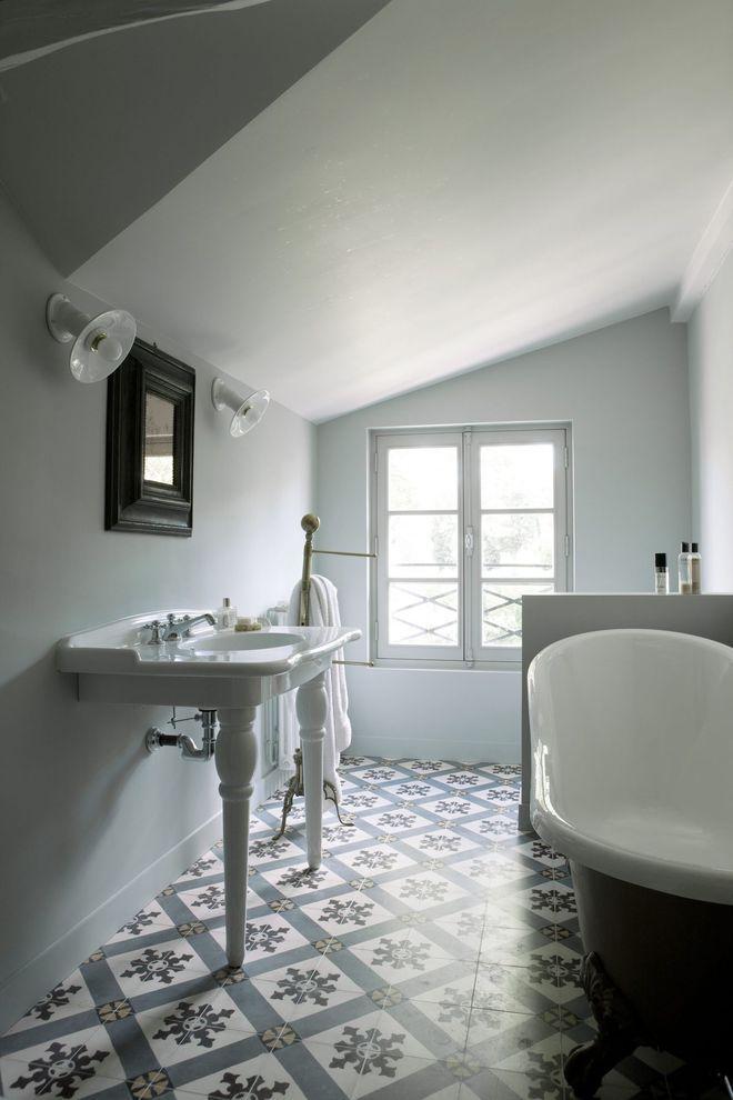 Idée décoration Salle de bain - Une salle de bains esprit art déco ...
