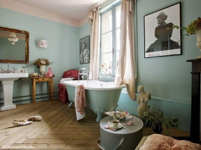 Id e d coration salle de bain chambre coucher blanche et for Idee salle de bain grise