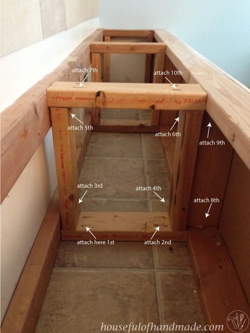 Salle A Manger Dining Room Built In Bench With Storage