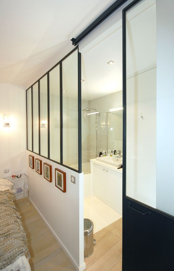Id e d coration salle de bain salle de bains studio d for Verriere atelier blanche