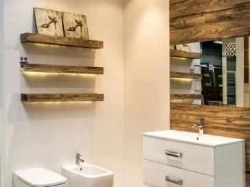 Id e d coration salle de bain rev tement mural salle de for Carrelage mural imitation bois
