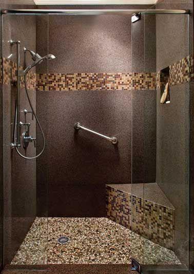 Idée décoration Salle de bain - Sol granit et frise en mosaïque ...