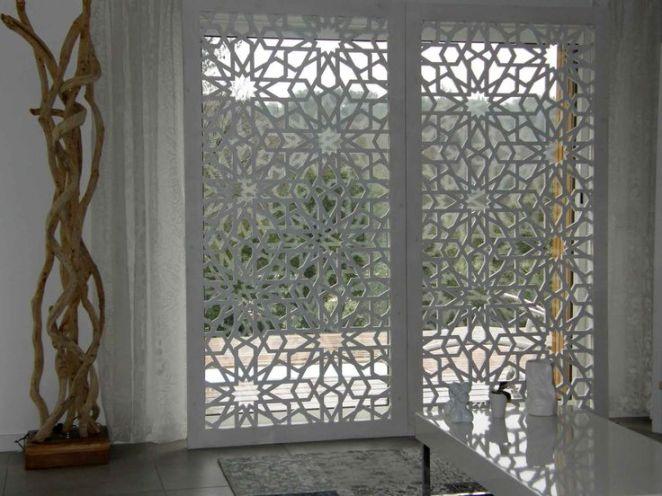 Id e relooking cuisine claustra bois moderne d 39 int rieur for Porte metallique brico depot