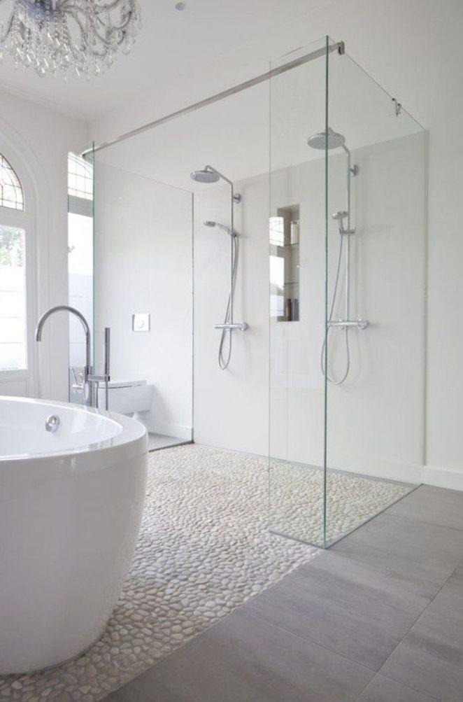Idée Décoration Salle De Bain - Carreaux Mosaique Imitant Cailloux