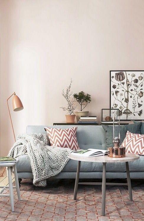 d co salon un salon rose et gris la bonne id e de ce salon ne garder que les murs de cou. Black Bedroom Furniture Sets. Home Design Ideas