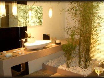 Idée décoration Salle de bain - Salle de bain ancienne pleine de ...