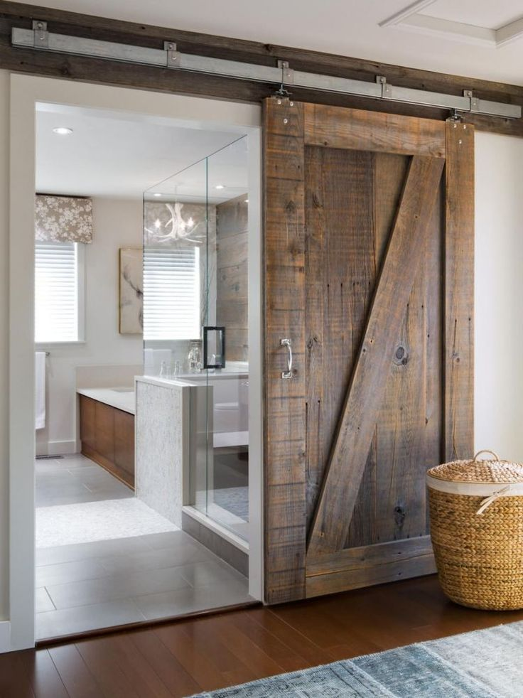 Id e d coration salle de bain porte coulissante grange for Idee decoration porte coulissante