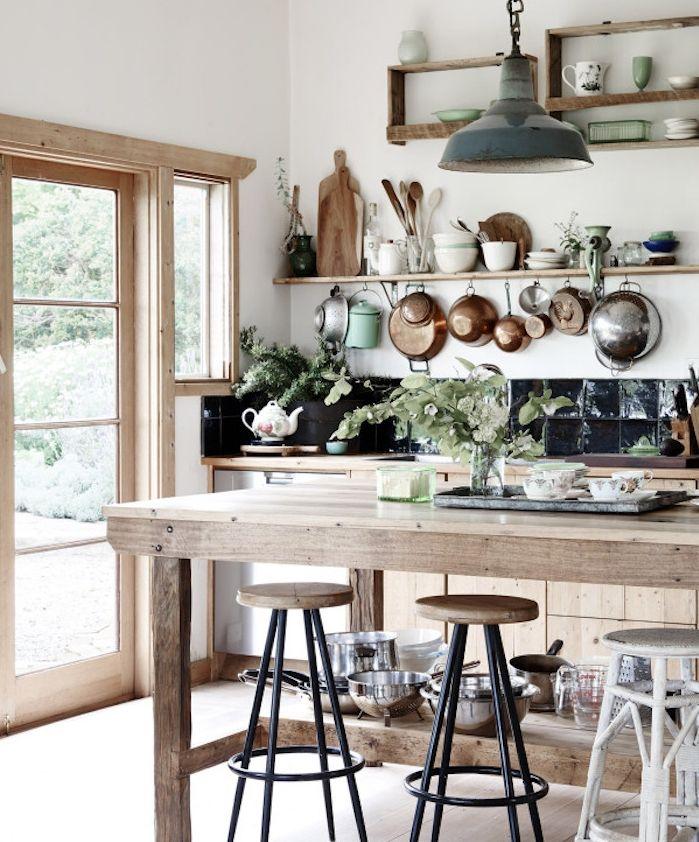 Idée relooking cuisine - modele-de-cuisine-ancienne-campagne-avec ...