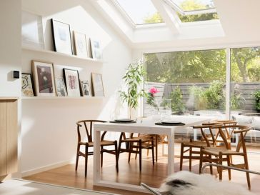 Salle A Manger Bright Scandinavian Living Room With Roof Windows And Increased Natural Light W