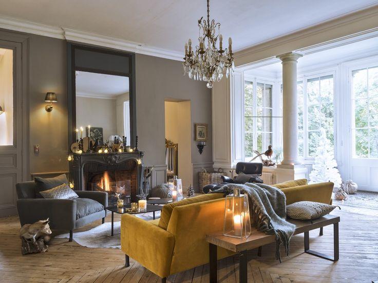 salon romantique charmant decoration salon style romantique et cuisine style with salon. Black Bedroom Furniture Sets. Home Design Ideas