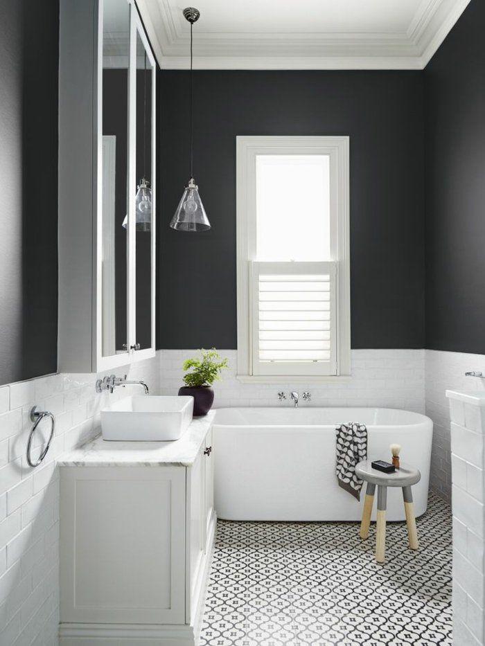 Idée décoration Salle de bain - carrelage noir et blanc dans la ...