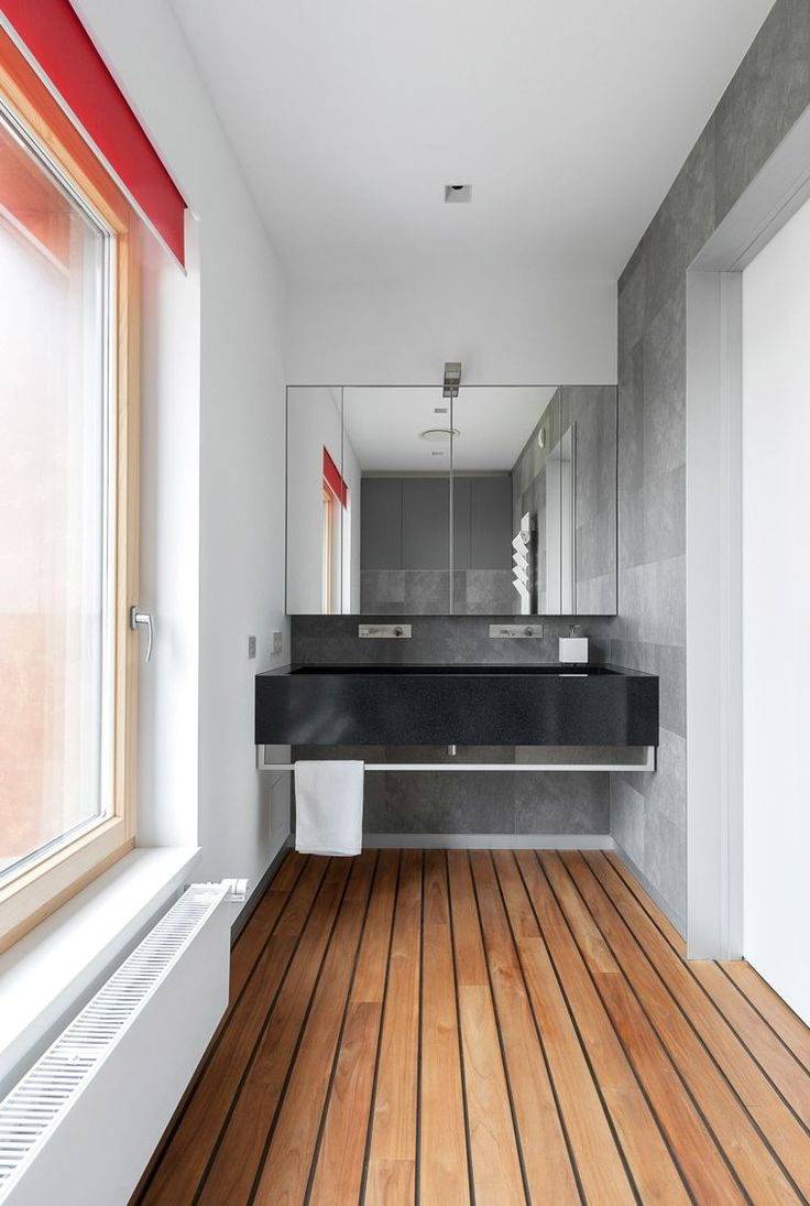 parquet teck pont de bateau en salle de bain avec estrade douche ... - Salle De Bain Sol Teck