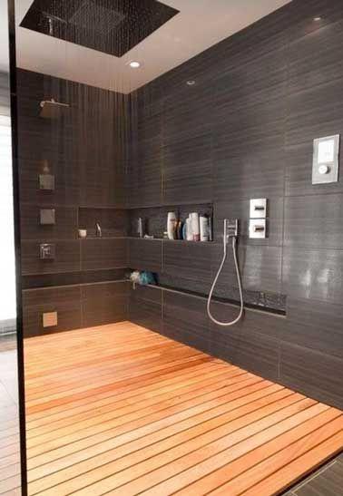 idée décoration salle de bain - carrelage gris anthracite et ... - Caillebotis Pour Salle De Bain