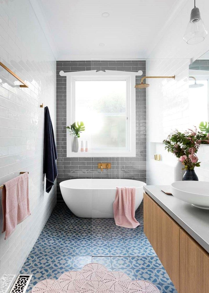 Idée Décoration Salle De Bain - Narrow Bathroom, Love The Overall