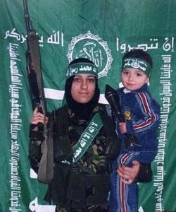 Reem-Raiyshi-With-Son