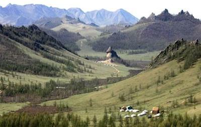 050816 Travel Mongolia Hmed.Hmedium