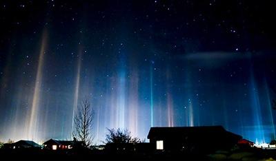 090219-01-Night-Light-Pillars Big