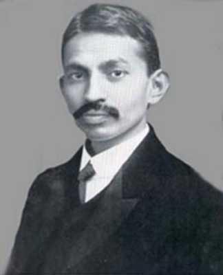 Gandhi To Mahatma07