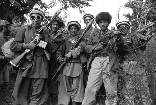 Hizbul Mujahideen Kill Three