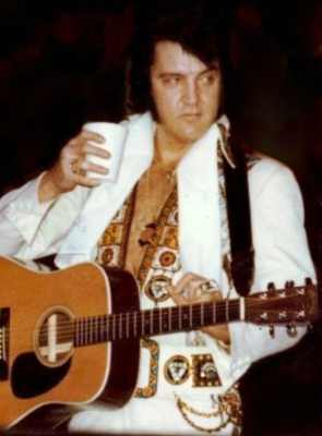 Elviswithhiscup