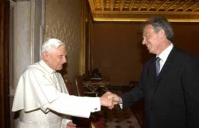 Pope Blair Mason Handshake1
