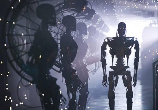 Los-Robots-Son-Un-Peligro-Para-La-Humanidad