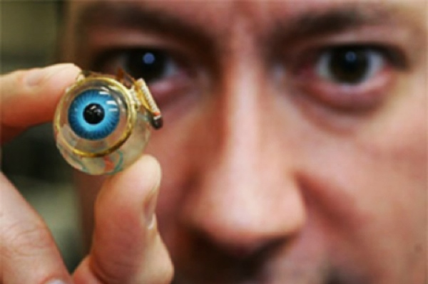 Elite-Daily-Bionic-Eye-Implant