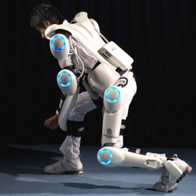 Exoskeletons-Sf-Vision-Of-The-Future-Is-Already-Here05