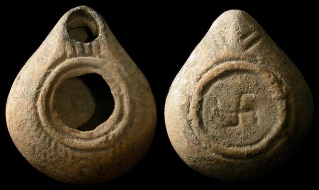 Ancient-Swastika-On-Lamp