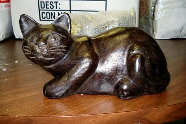 alg-opium-cat-statues-2-jpg