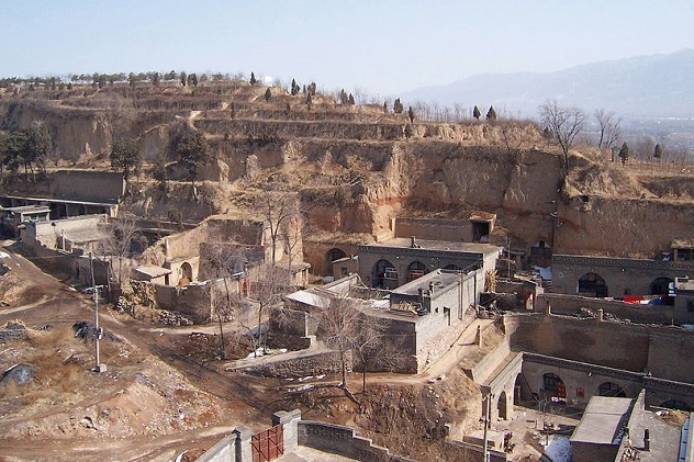 800px-Cave_houses_shanxi_1
