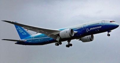 Boeing_787_first_flight