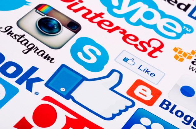 7-social-media-480681948