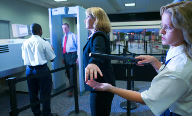 4-airport-security-78029261