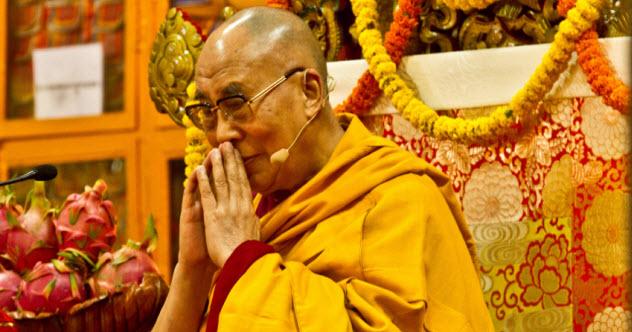 4-dalai-lama_000069625909_Small