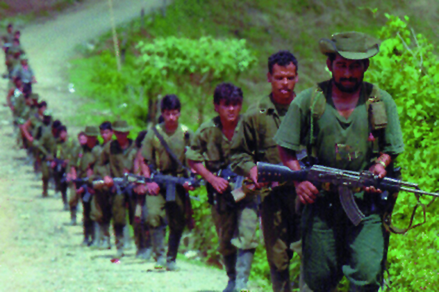 4-farc-guerrillas-raw-despeck