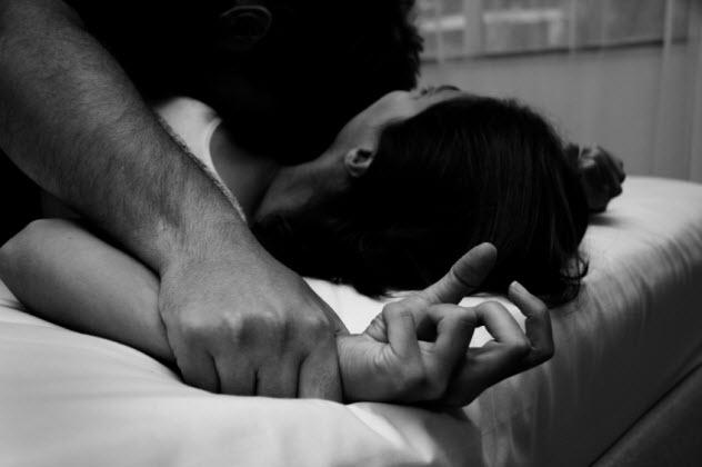 5-date-rape_000005977963_Small