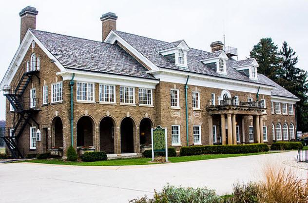 5-felt-mansion