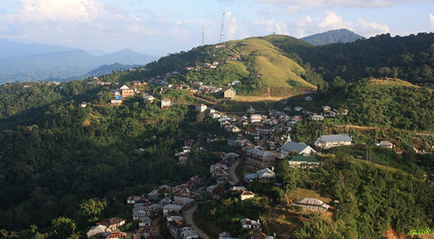 2-zomia-village