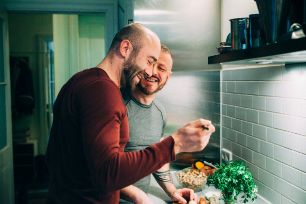 5-gay-couple-preparing-meal_52037752_SMALL
