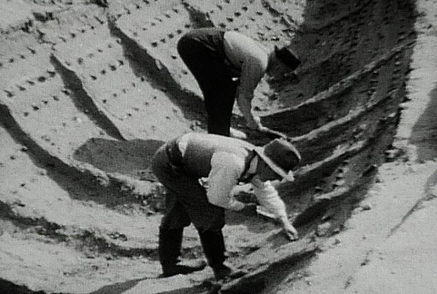 8-sutton-hoo-mound-one-burial-ship