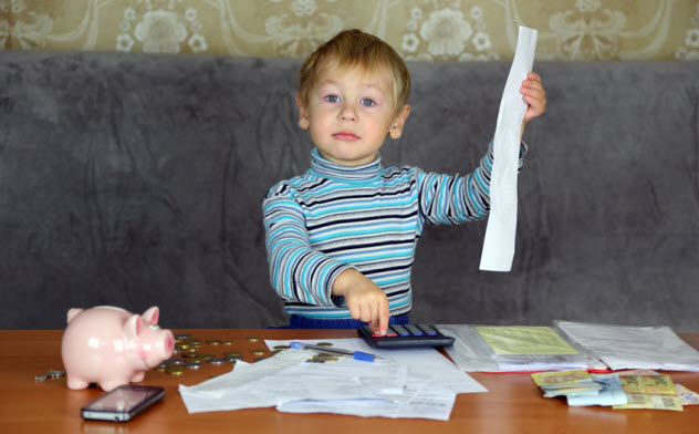 9-kid-figuring-taxes_33261918_SMALL