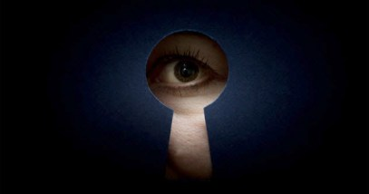 8b-spying-through-keyhole_34584016_SMALL