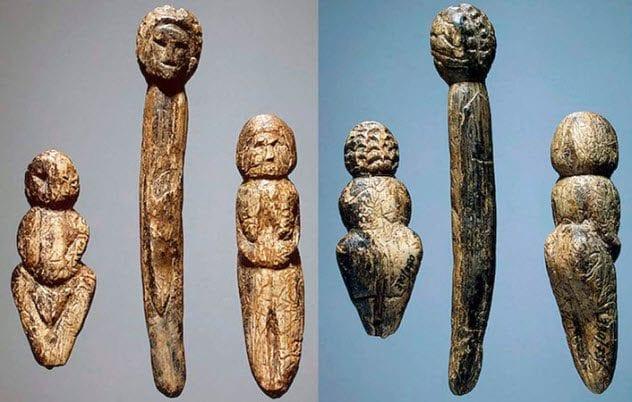 2-venus-in-furs-figurines
