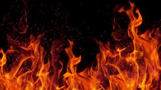 7a-flames-that-burned-bodies-113494458