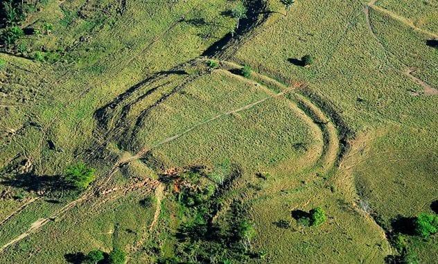 Geoglyph-Photo