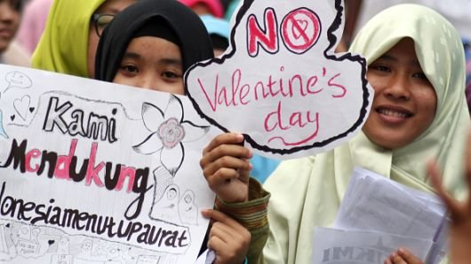 These 5 Countries Have Banned Valentine's Day